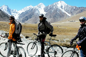 Manali - Leh Cycle Tour
